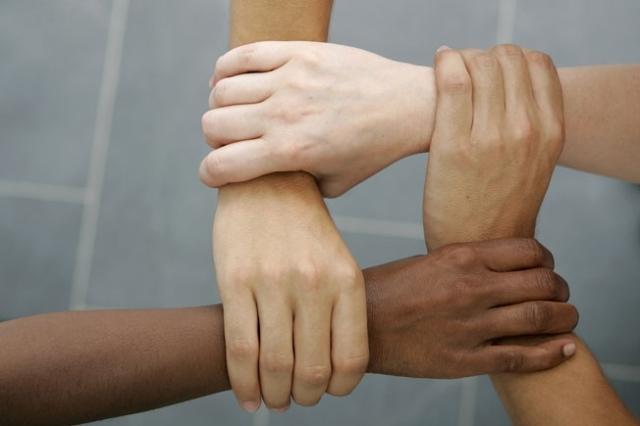 multiracial_56114470